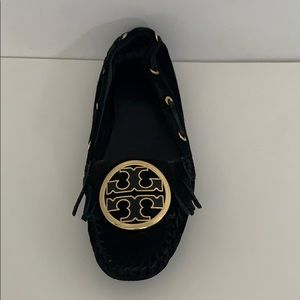 Left Shoe ONLY Tory Burch suede flat moccasin sz 6
